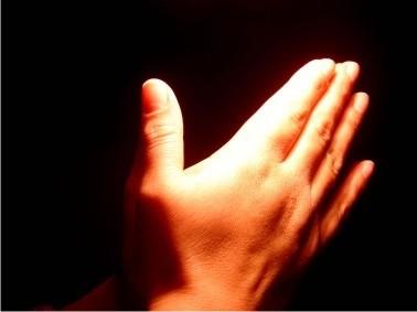 Kapan Angkat Tangan Dalam Doa Bid'ah?