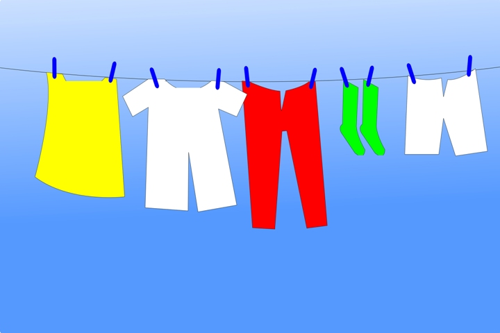 Hukum Wanita Pakai Celana Panjang Saat di Rumah